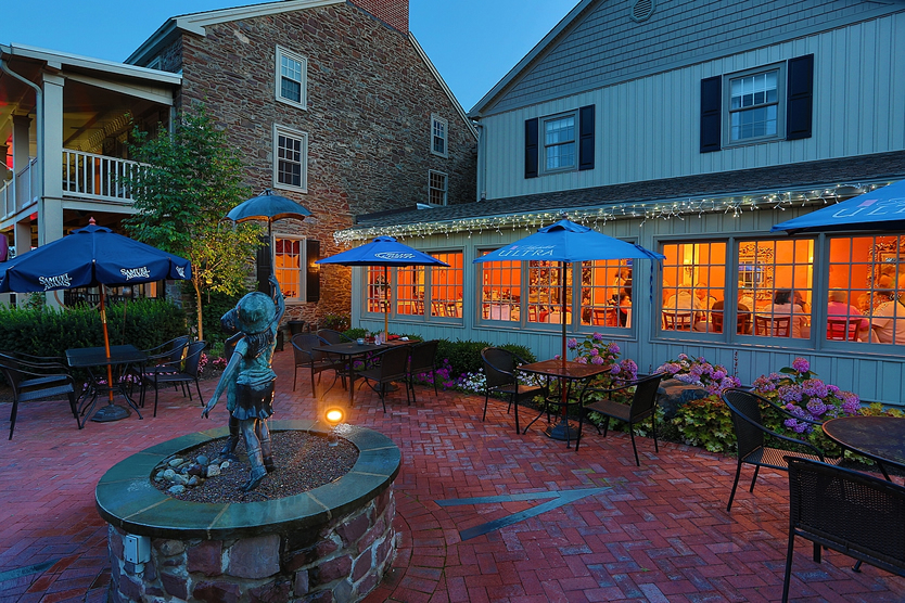 Plumsteadville Inn Outdoor Patio