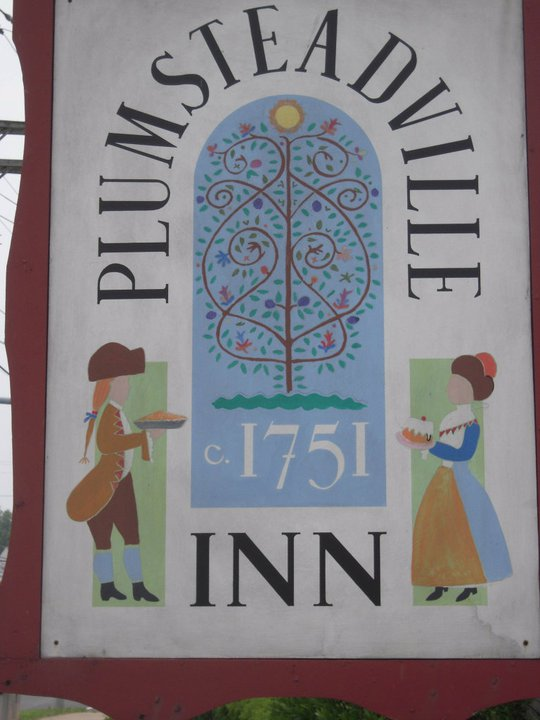 Plumsteadville Inn Sign